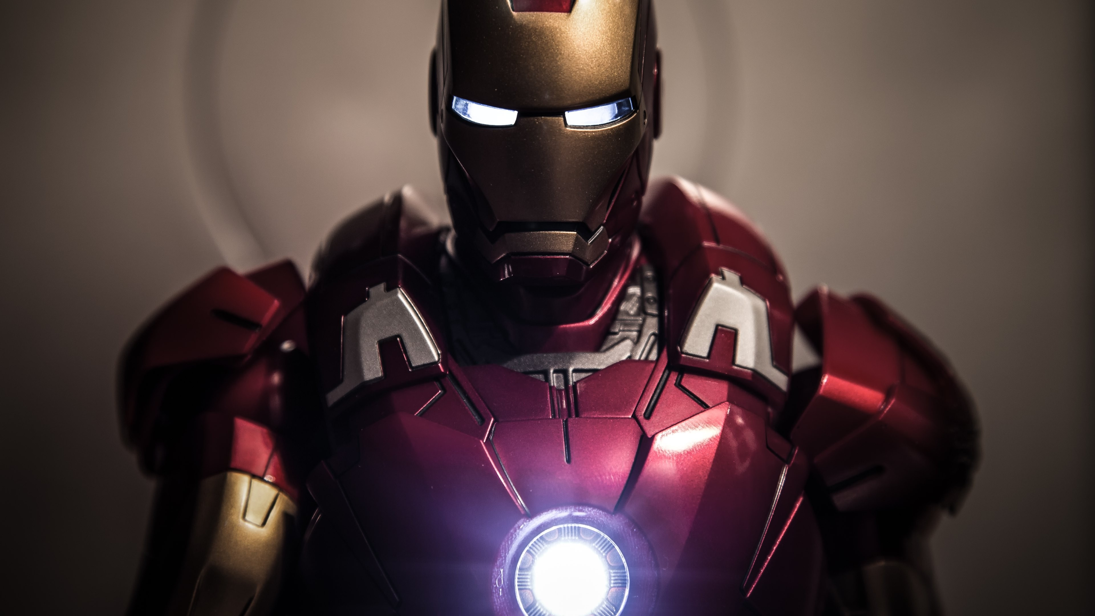 Iron Man Suit Iron Man Suit 4k 74469 Hd Wallpaper Backgrounds Download