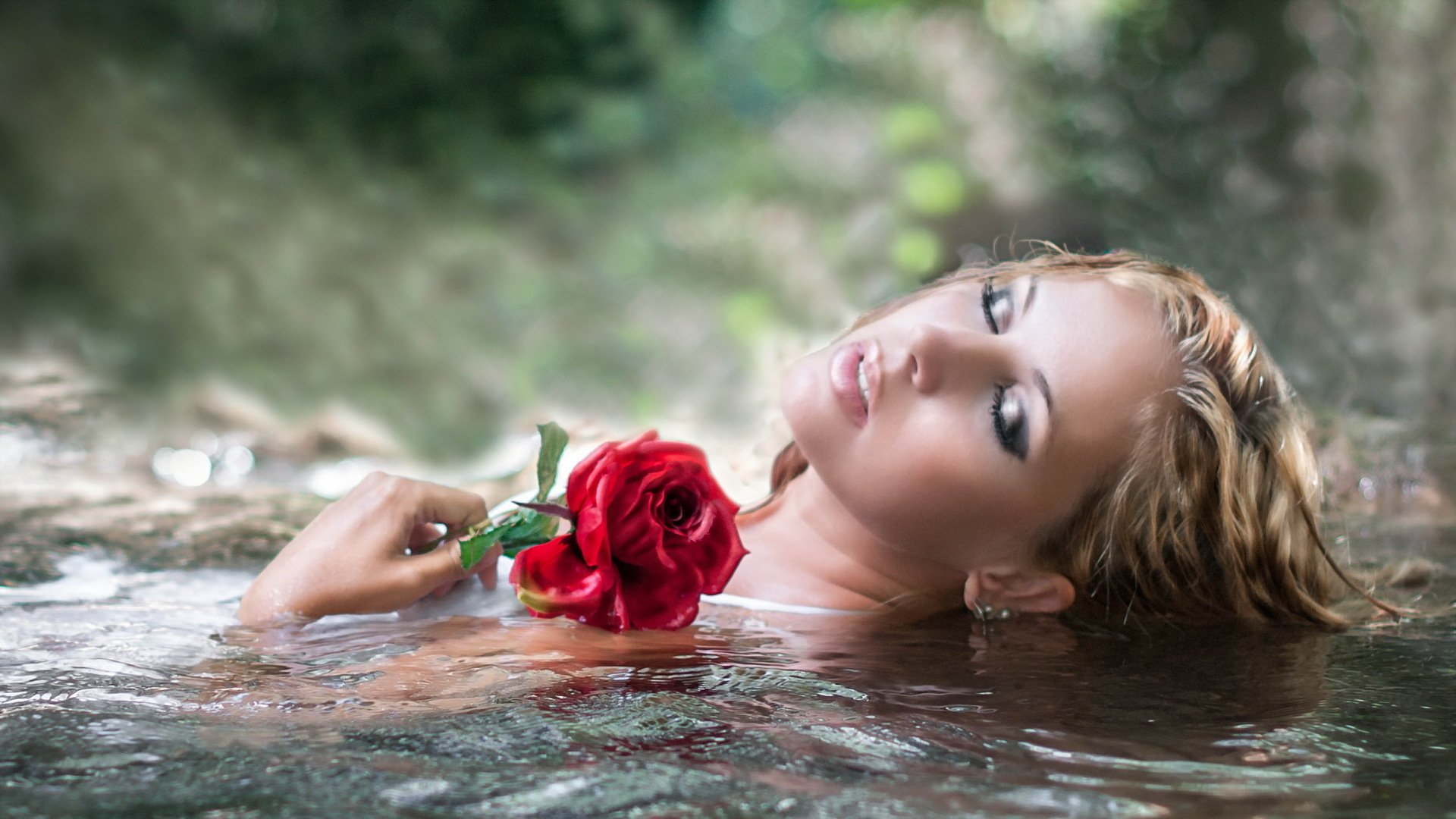 Hd Wallpaper - Hot Girl With Red Rose , HD Wallpaper & Backgrounds