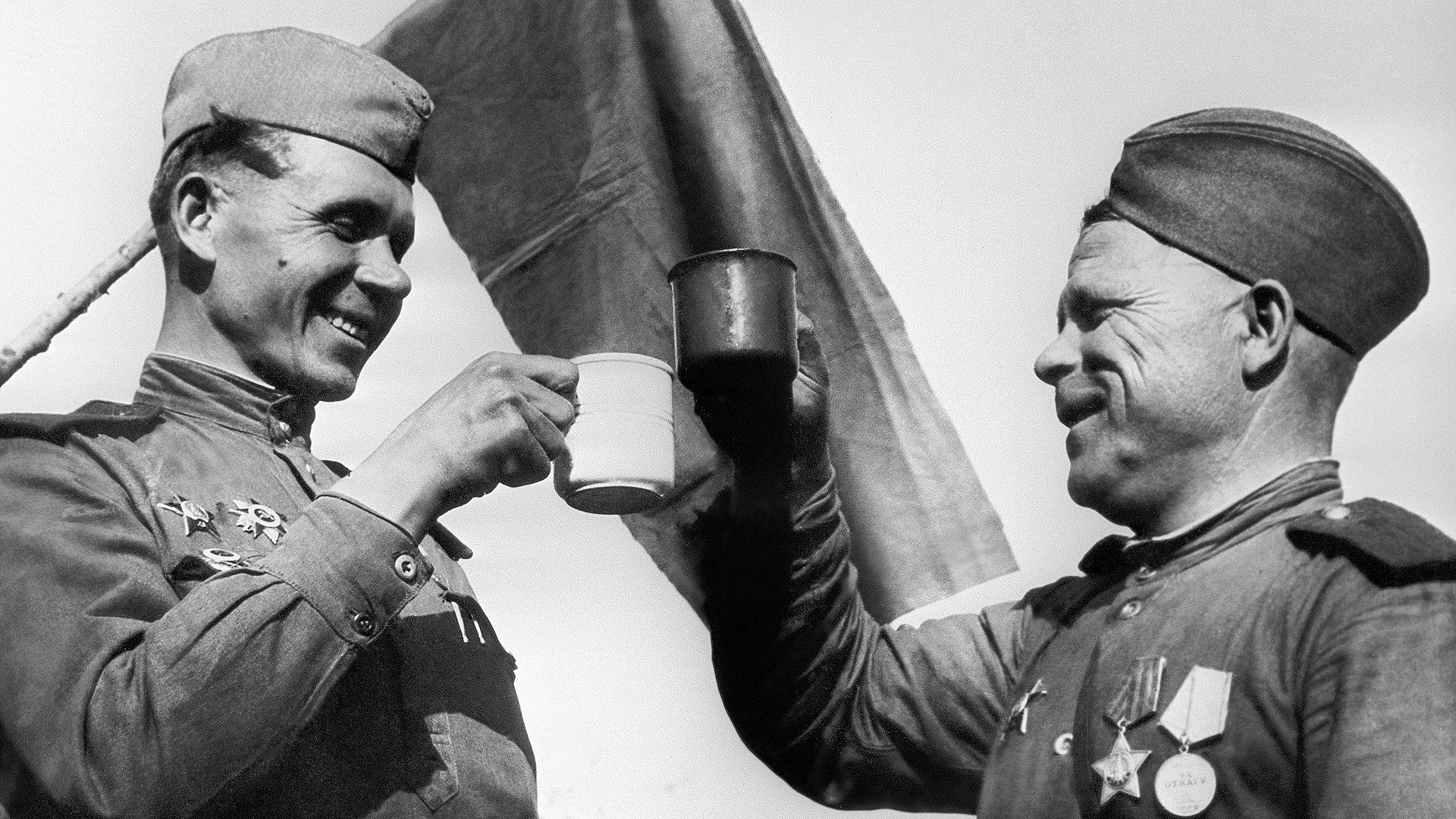 How Did The Russian Army Fight Alcoholism Soviet Ww2 Vodka