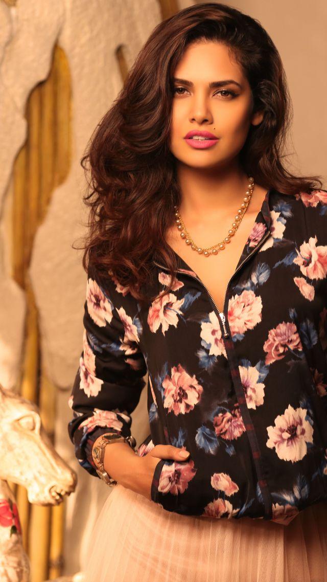 Esha Gupta, Beauty, Bollywood, 5k - Esha Gupta , HD Wallpaper & Backgrounds