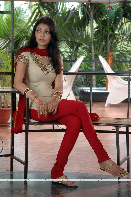 Kajol - Kajal Agarwal Salwar Hot , HD Wallpaper & Backgrounds