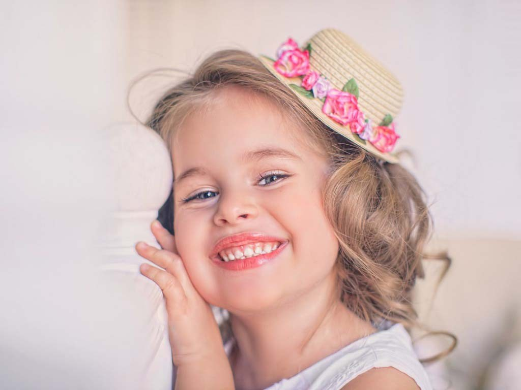 Hd Wallpaper Cute Baby Smile 2 Wallpapers Hd Wallpapers - Cute Baby Photos With A Smile , HD Wallpaper & Backgrounds