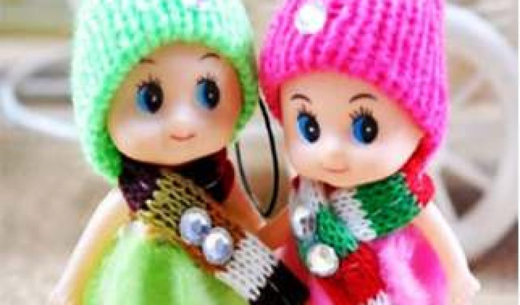 Loving Wallpaper For Whatsapp Dp Two Cute Doll Loving