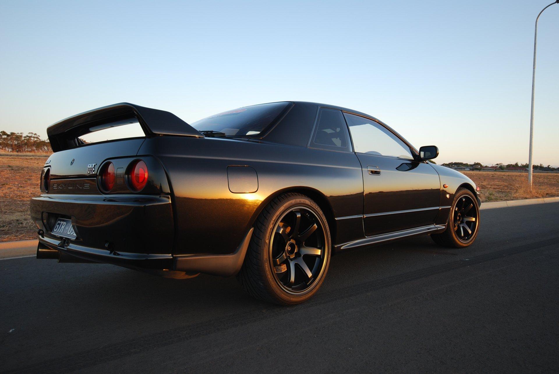 Nissan Skyline Gt R R32 Coupe Black Japan Wallpapers Skyline Gtr Wallpaper R32 786209 Hd Wallpaper Backgrounds Download