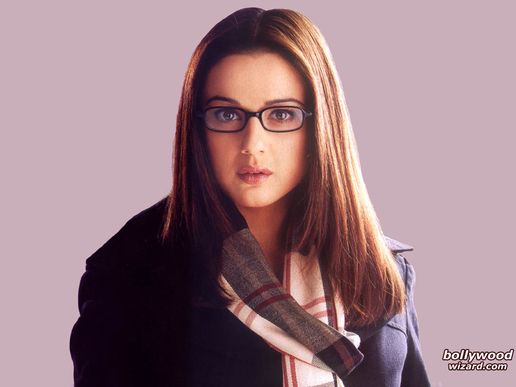 Preity Zinta HD Wallpaper & Backgrounds Download