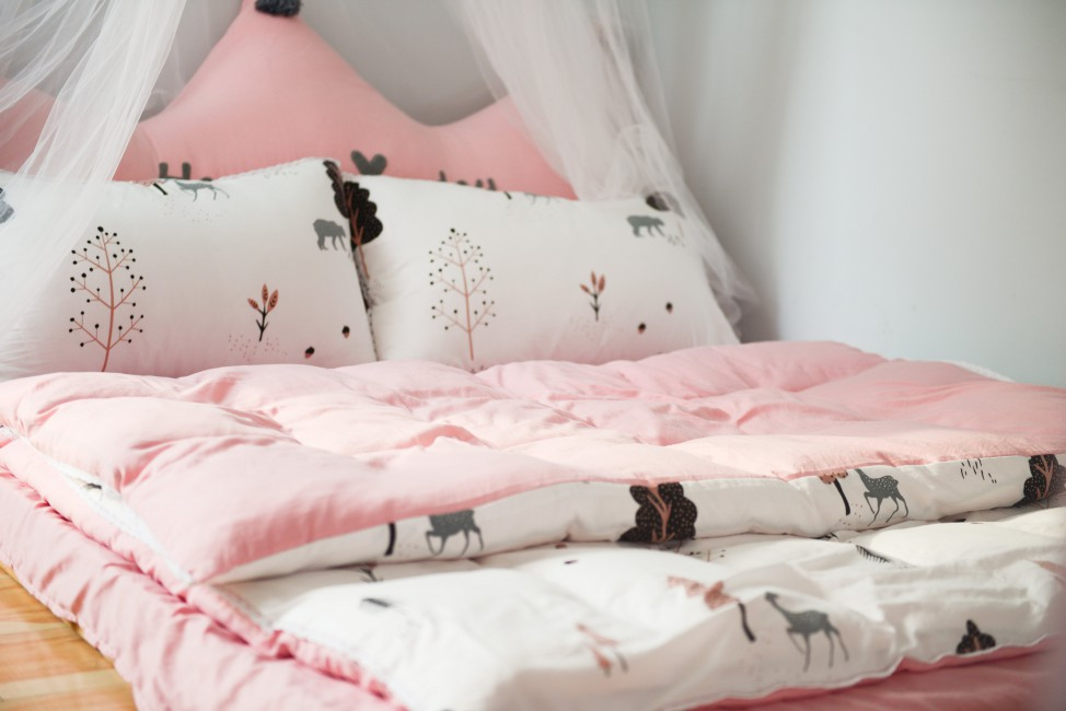Photo Of Printed Bed Linen - Best Toddler Bed , HD Wallpaper & Backgrounds