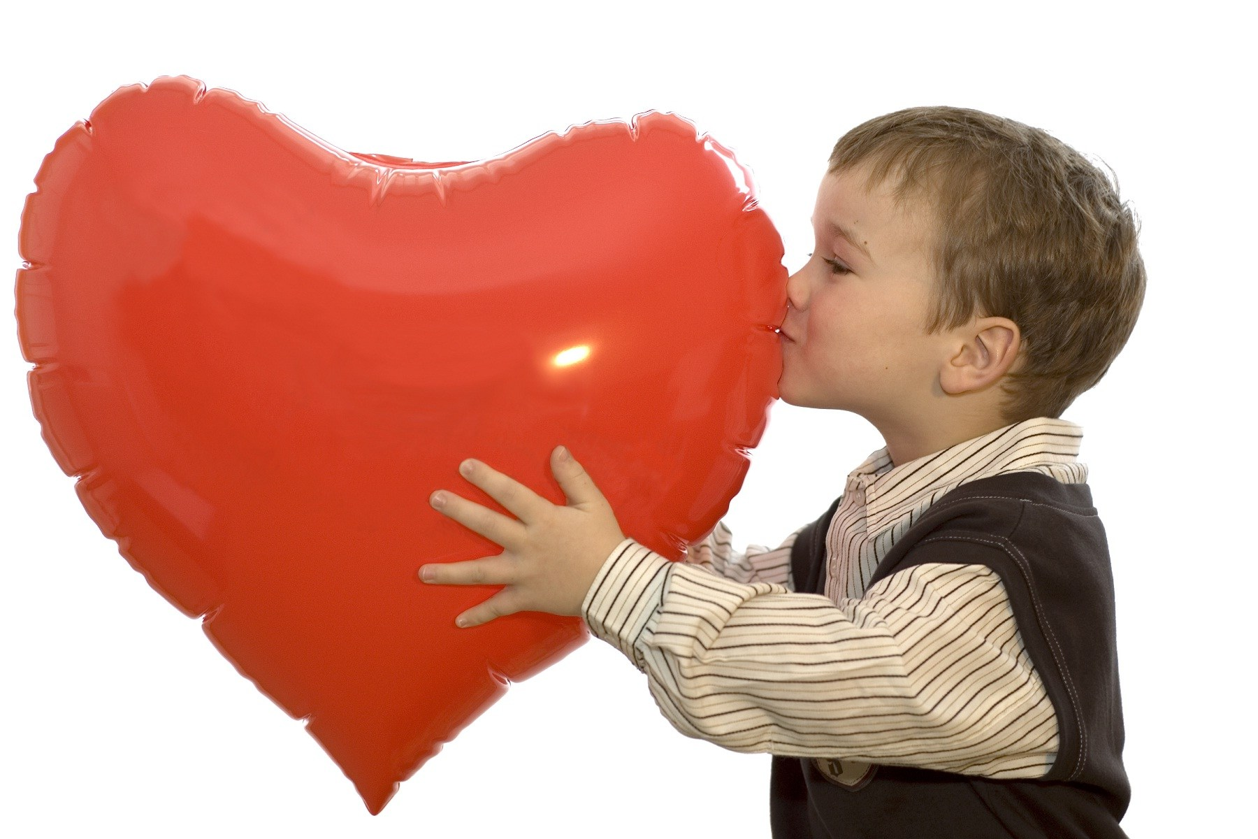 Cute Baby Kiss To Big Heart Hd Wallpapers Rocks - Love Your Heart , HD Wallpaper & Backgrounds