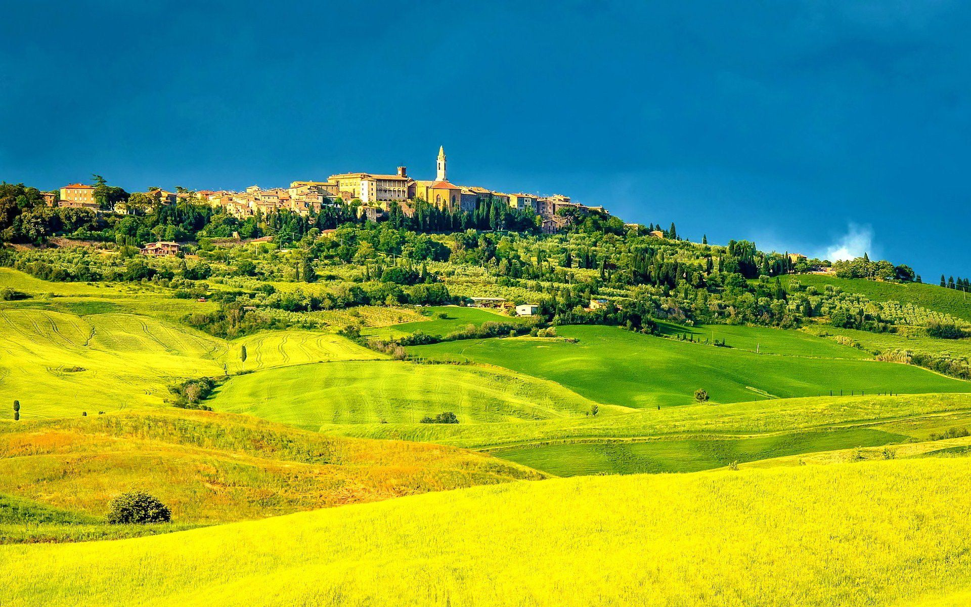 Campos De Toscana Na Itália , HD Wallpaper & Backgrounds