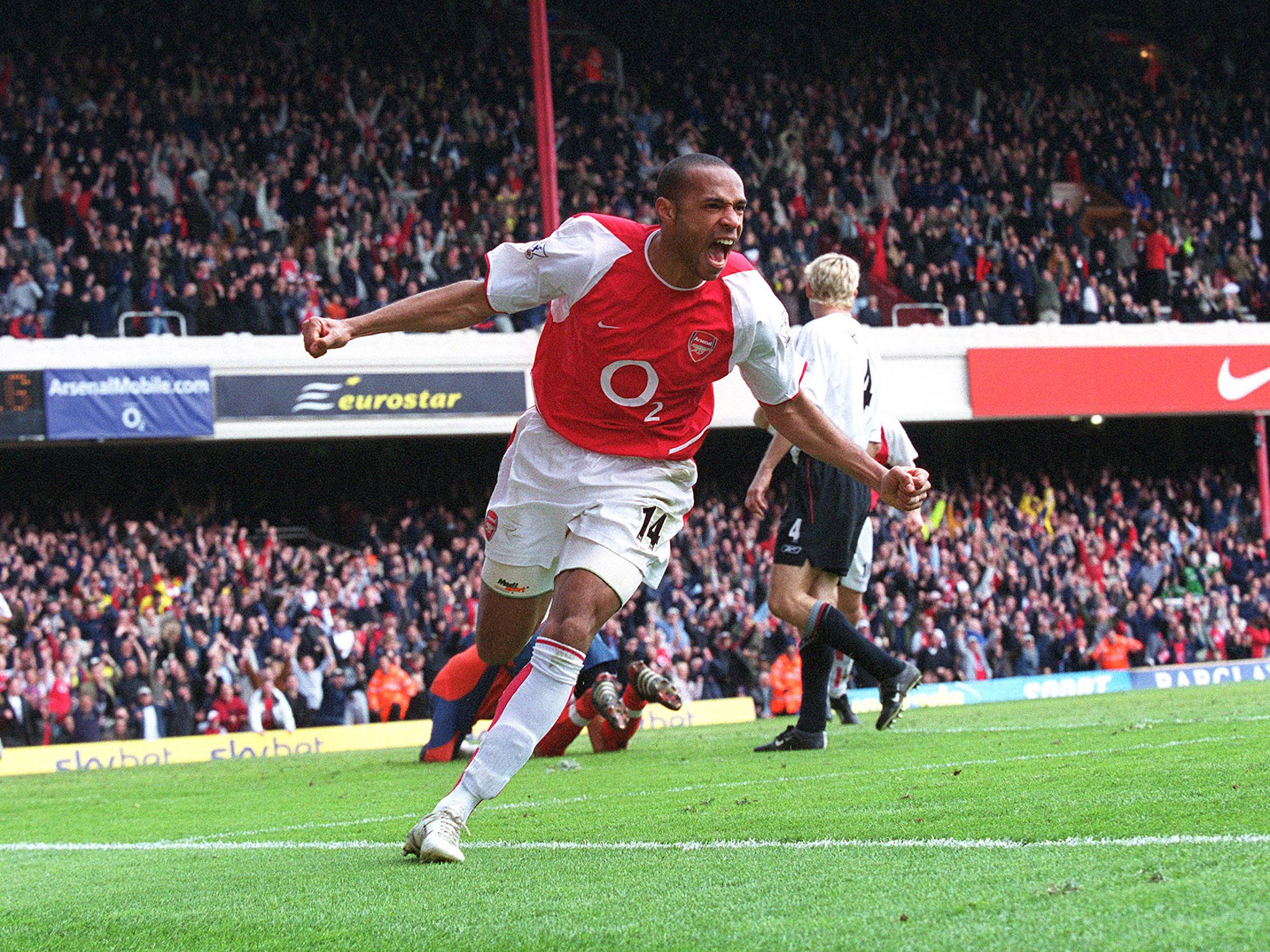 Thierry Henry - Thierry Henry 03 04 , HD Wallpaper & Backgrounds