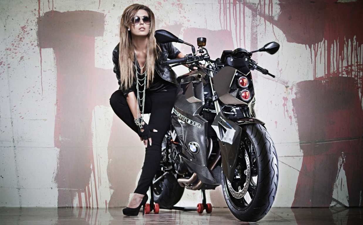 Best Hd Stylish Cool Attitude Stylish Girl Images, - Girl With Bike Wallpaper Iphone , HD Wallpaper & Backgrounds
