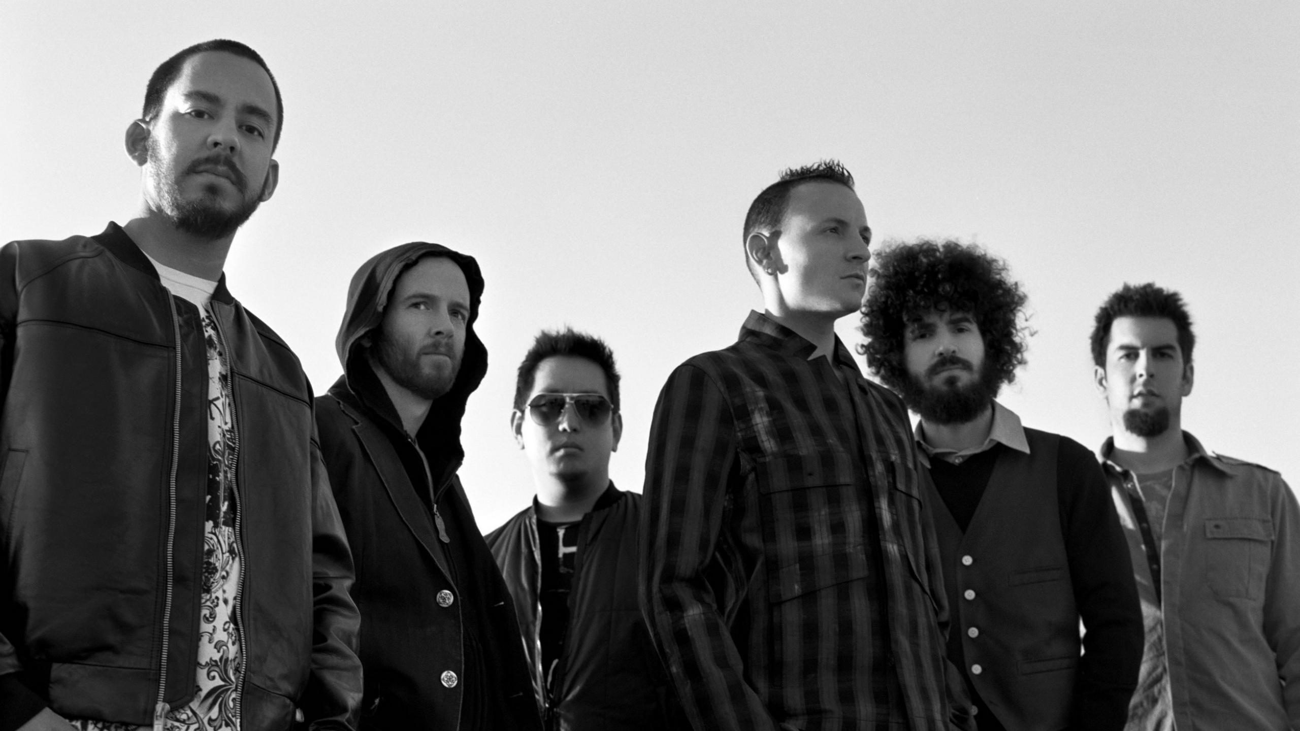 Linkin Park Band Wallpaper - Chester Bennington Wallpaper Desktop , HD Wallpaper & Backgrounds