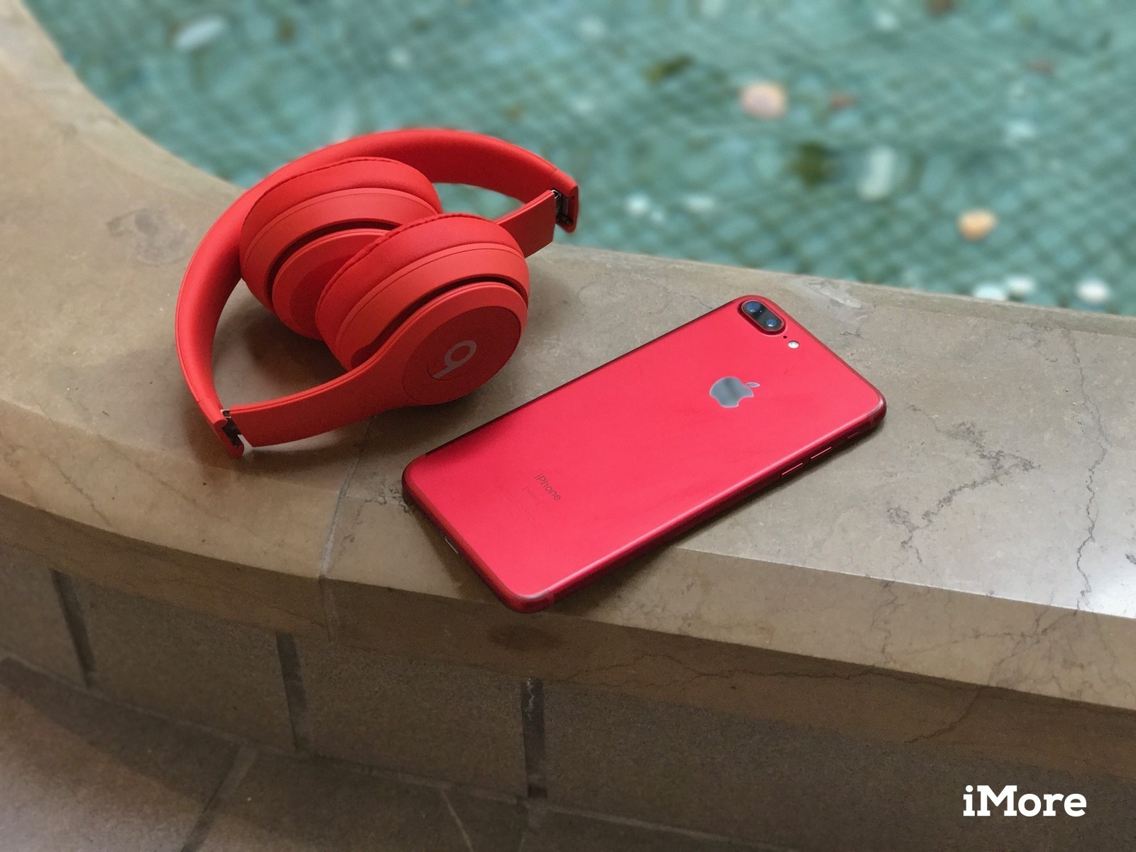 The Red Iphone 8 And Iphone 8 Plus Look Absolutely Best