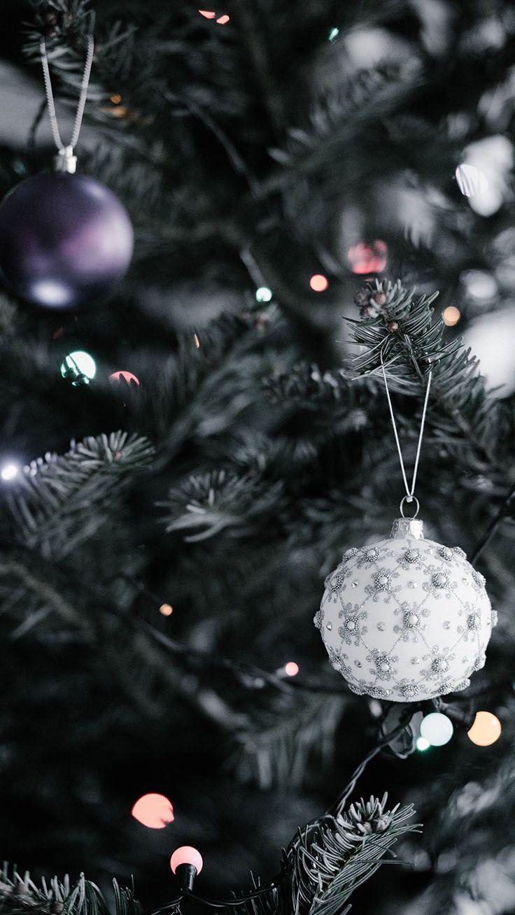 Sfondi Natalizi Per Iphone.Divertiti Con 35 Sfondi Natalizi Per Iphone Da Preppy Baubles Christmas Wallpaper Iphone 883364 Hd Wallpaper Backgrounds Download