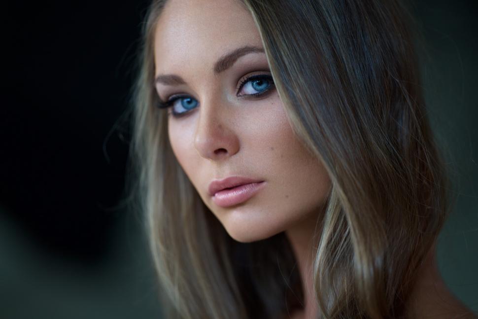 Women, Blonde, Blue Eyes, Face, Look Wallpaper - Beautiful Blue Eyes Women , HD Wallpaper & Backgrounds