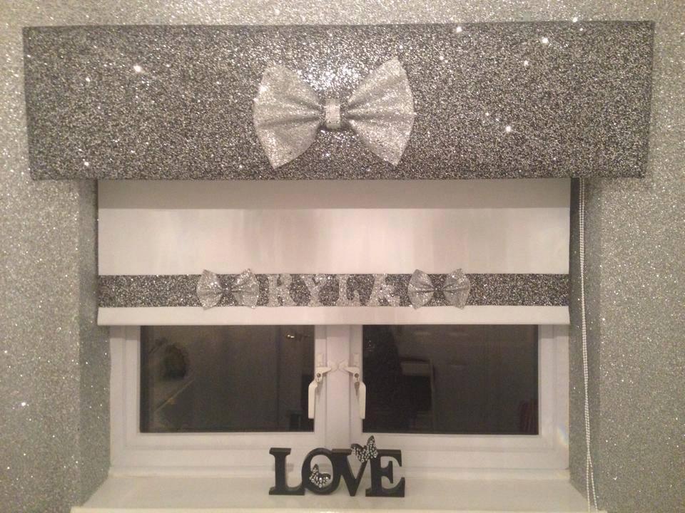 The Interior Design Practice - Glitter Wallpaper For Bedroom ...