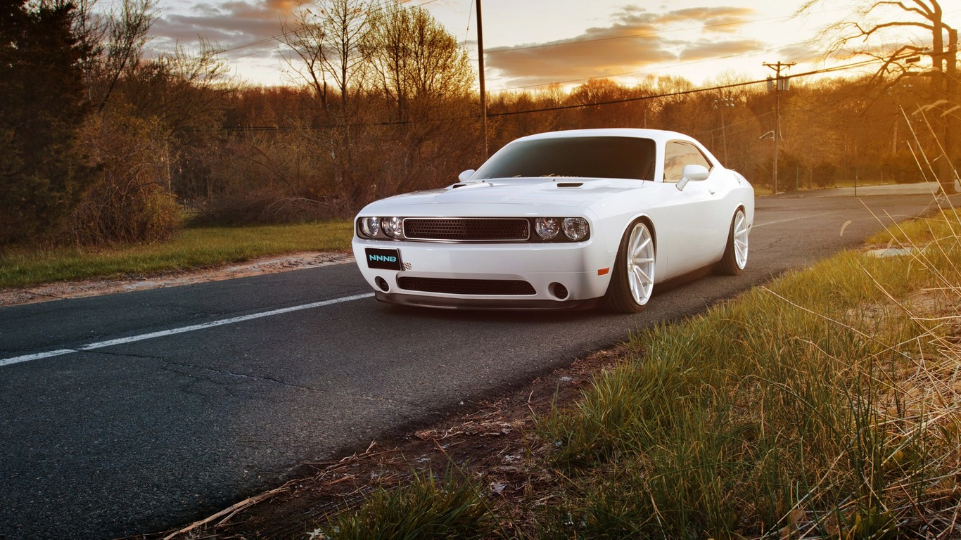 White Muscle Car Wallpaper Dodge Challenger White Custom 946623 Hd Wallpaper Backgrounds Download