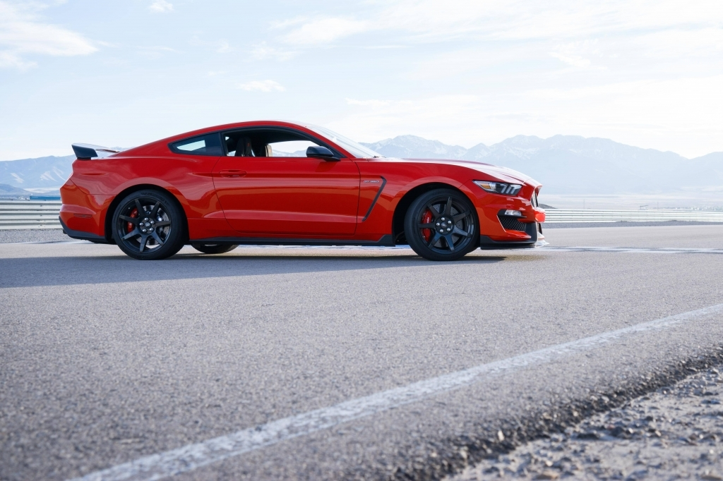 2019 Ford Mustang Gt Wallpapers For Mobile Phone American