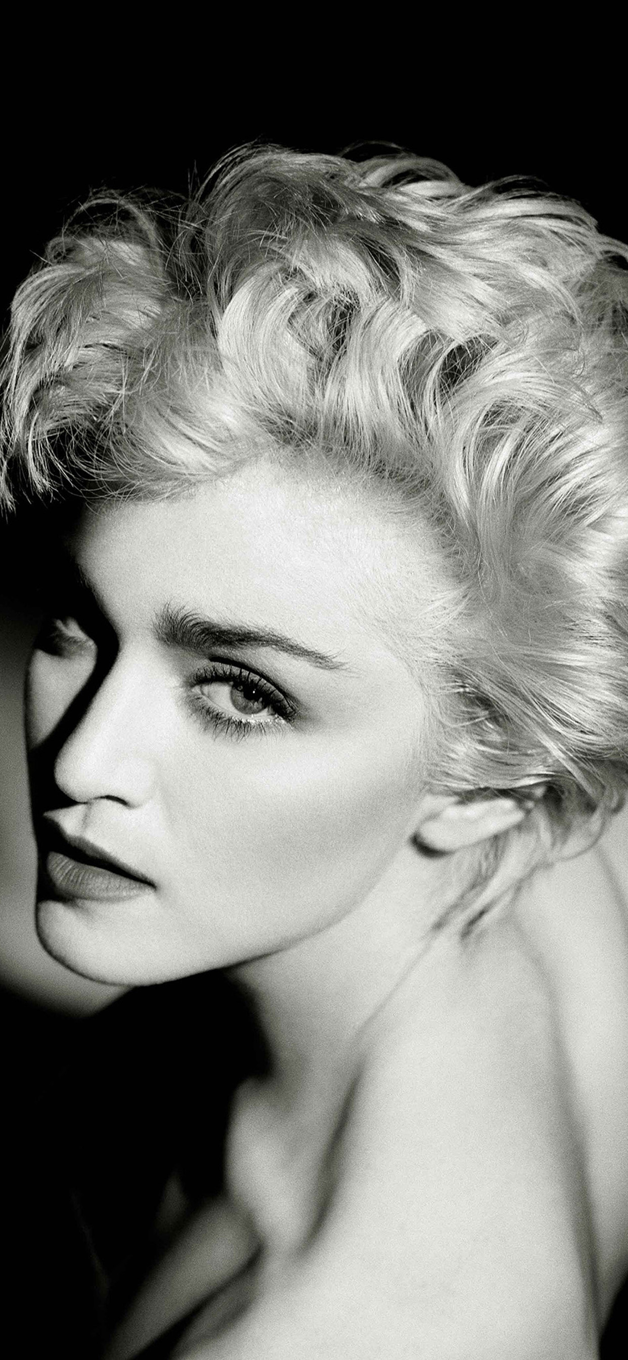 52 Madonna Dark Music Pop Celebrity Iphone Xs Max Wallpapers